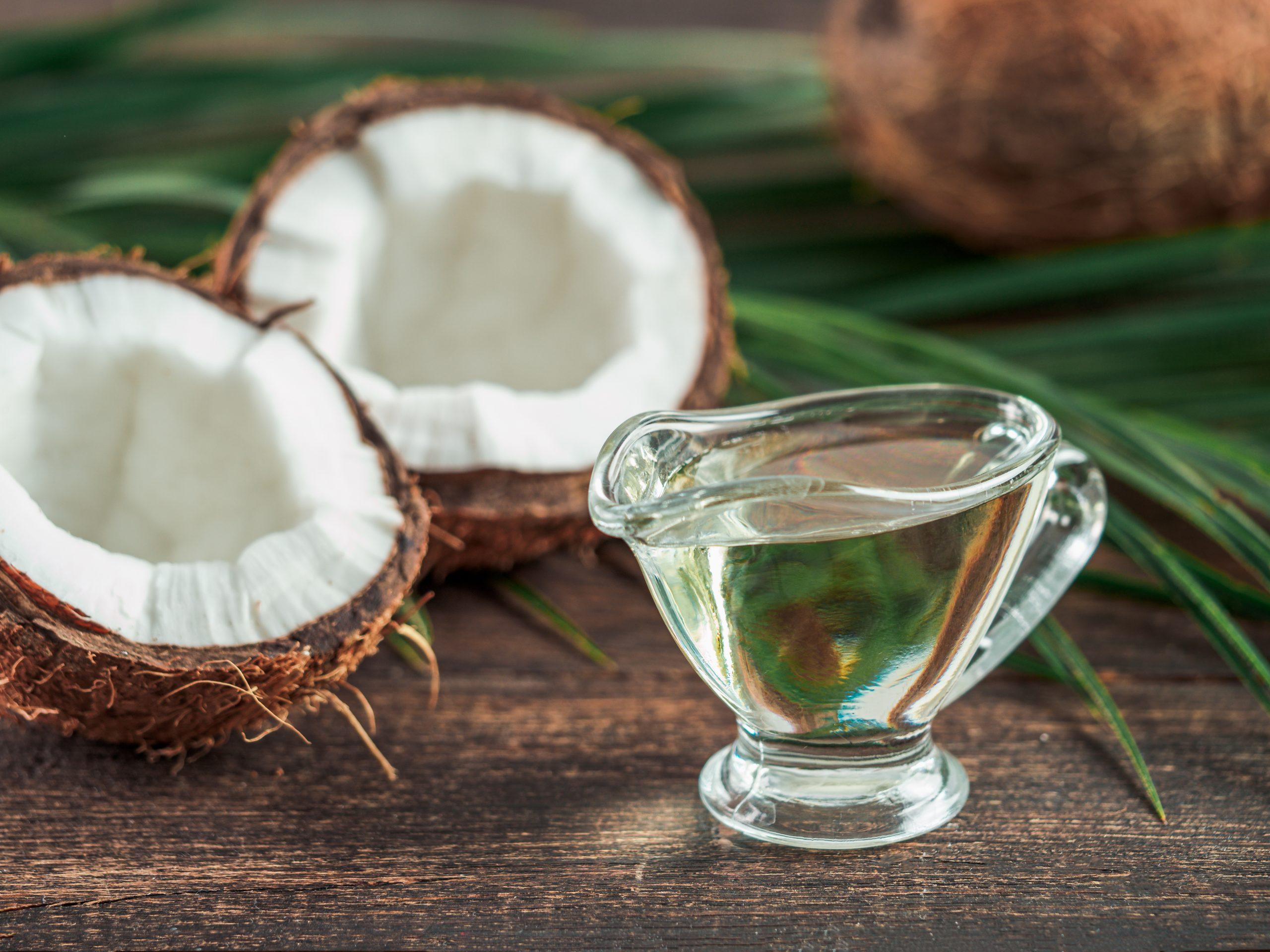 MCTオイルとココナッツオイルって何が違うの?正しく理解して使い分けよう